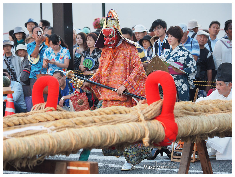 福島市。福島草鞋祭︱日本第一大的「健腳祈願大草鞋」,大小草鞋親子共舞