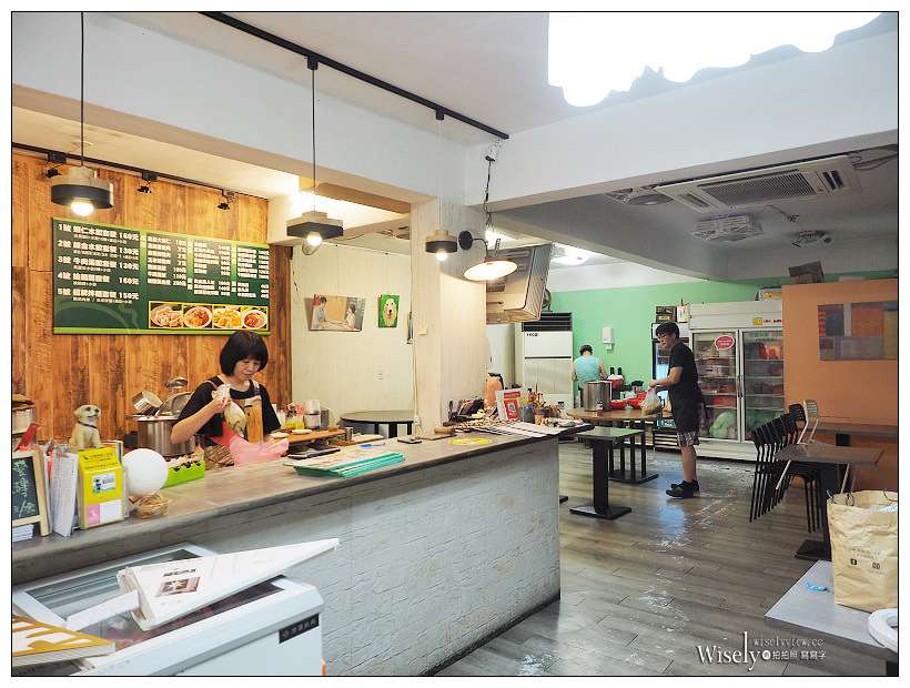 台北信義。無敵水餃︱實在好料的家常料理 #酸菜白肉鍋 #搶鍋麵 #蒜頭原味雞,捷運永春站美食