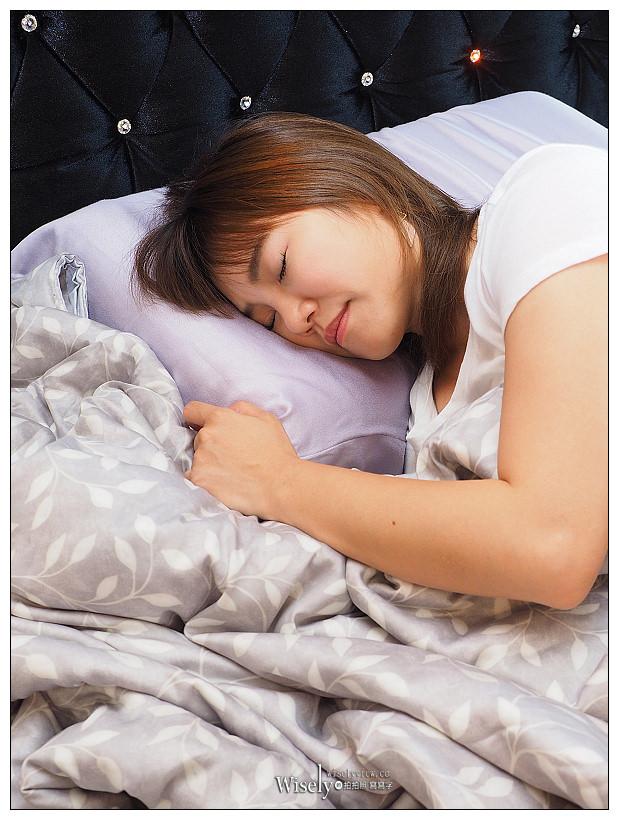 德瑞克名床 Derek Bed。涼感美顏枕︱雙重瞬涼散熱無阻隔,支撐度佳質感一流~枕頭推薦,內含優惠資訊