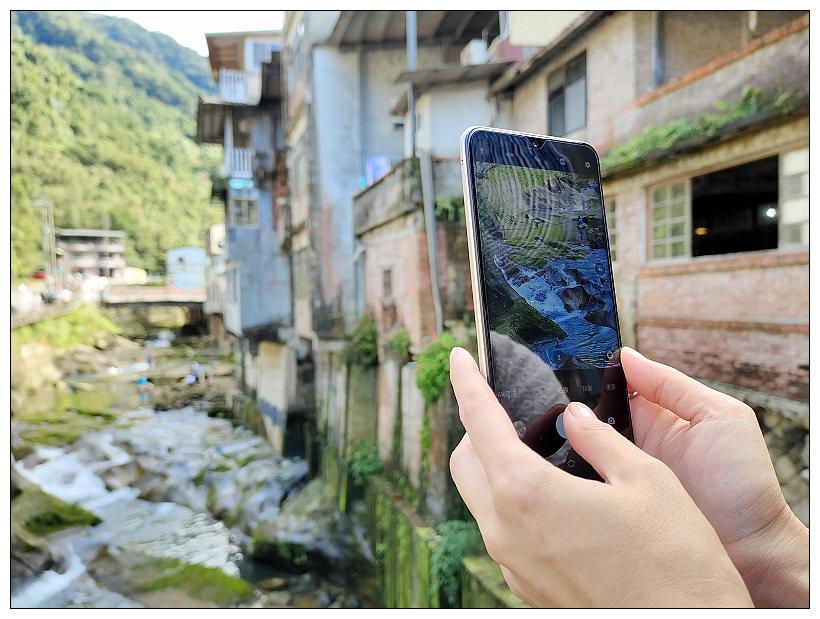 vivo Y19 旅遊實拍︱高CP值入門機王:6.53窄邊框大螢幕、5000mAh大電量、128GB大容量、120度AI超廣角鏡頭~深坑 x 石碇 x 菁桐 x 平溪一日遊