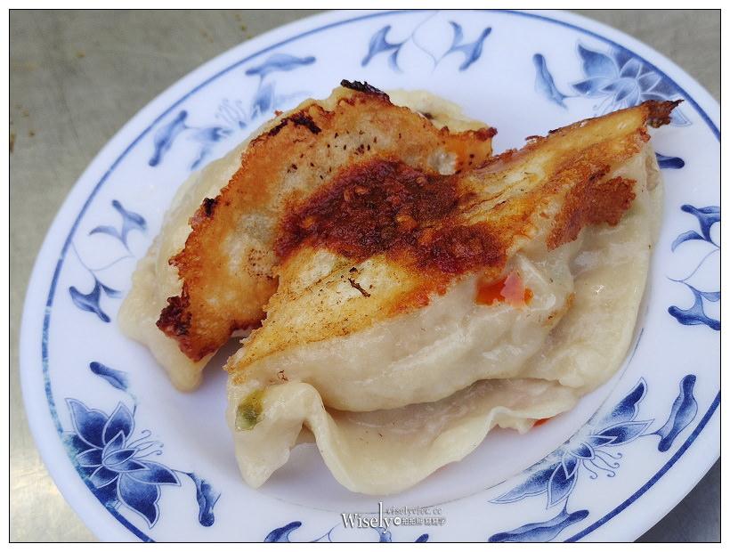 宜蘭美食。城隍早餐店︱手工煎餃、杏仁茶,還有半熟蛋焢肉飯