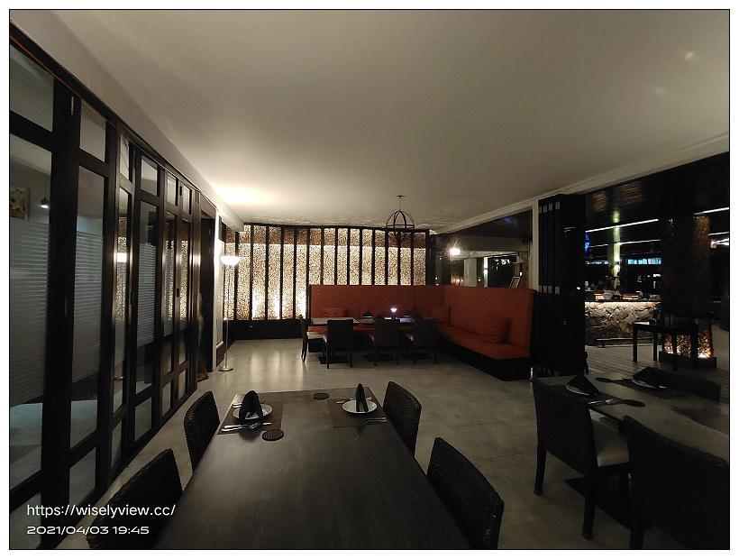 帛琉美食。Elilai Restaurant and Bar︱迎海晚霞夜景迷人,價格平實含菜單明細~帛琉餐廳推薦