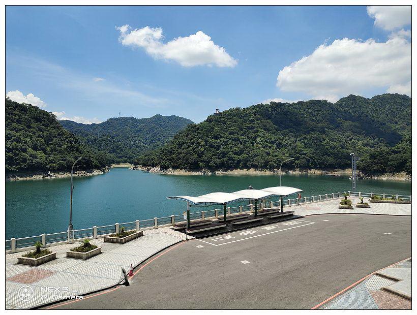 桃園景點。石門水庫|嵩台壩頂拍照打卡景點,登高望遠絕佳景色~台灣好行景點 x 桃園自由行